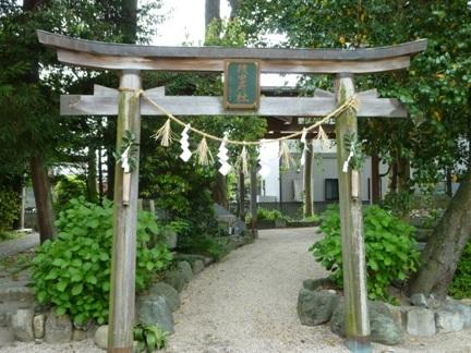 智積椿岸神社17.JPG
