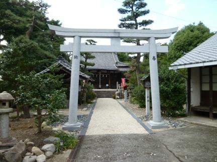 玉三稲荷神社09.JPG