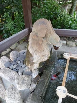 玉三稲荷神社12.JPG