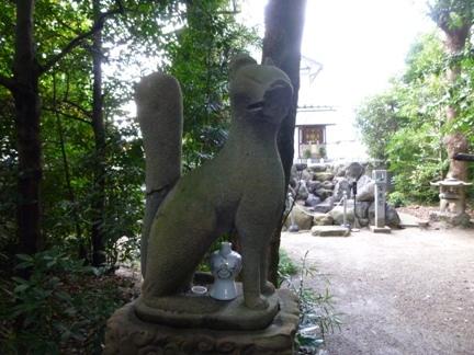 玉三稲荷神社23.JPG