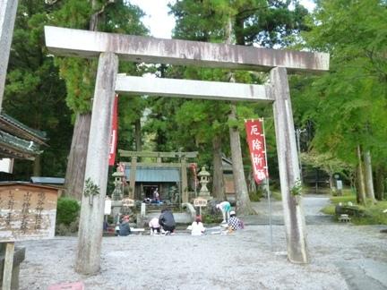 鳴谷神社03.JPG