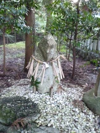 鳴谷神社26.JPG