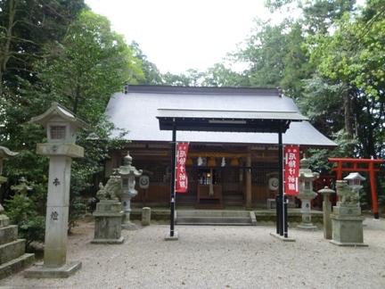 鵜川原神社13.JPG