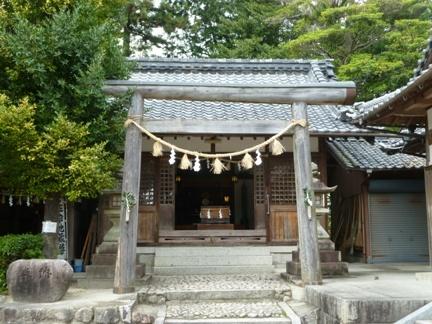 智積椿岸神社14.JPG