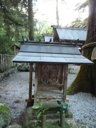 鳴谷神社22.JPG