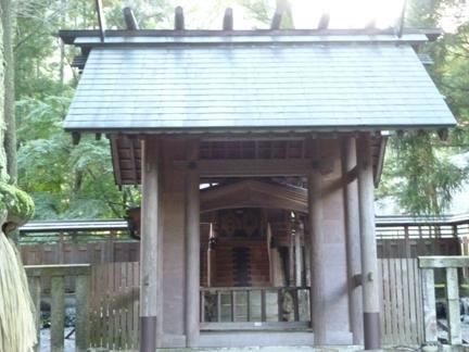 鳴谷神社23.JPG